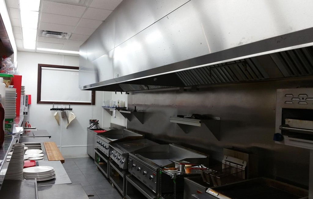 Hotte de restaurant hotte de cuisine commerciale ulc for Ventilation hotte cuisine